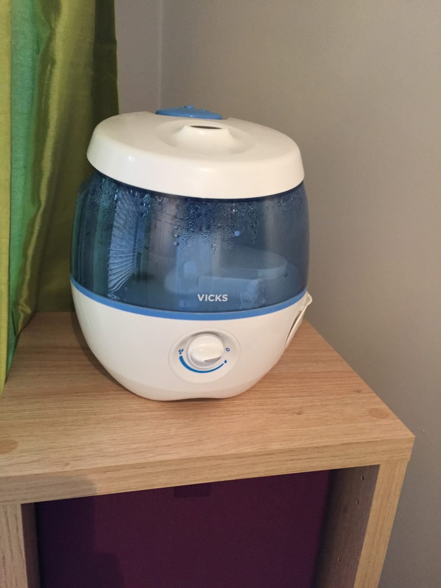 Review Vicks Sweetdreams Cool Mist Humidifier With Image