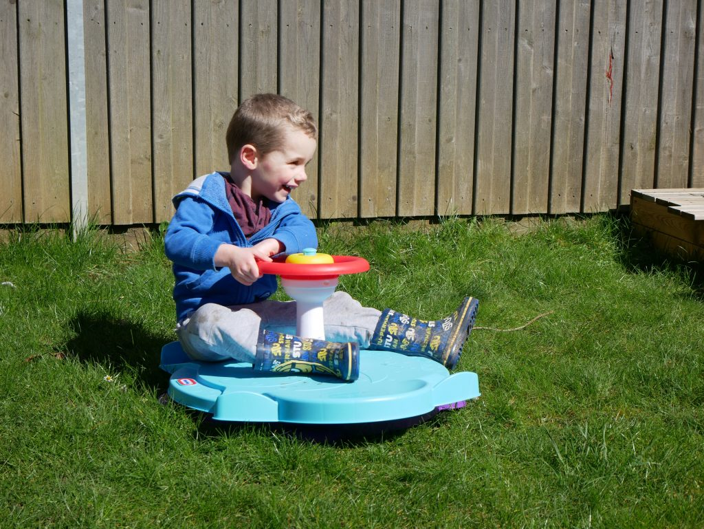 Little Tikes Duel Twister outside