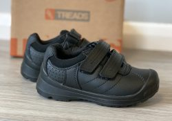 Treads, the indestructible school shoe : review and giveaway!